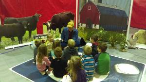 Students Visit Farm To YOu