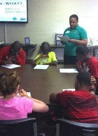 4-H agent and youth participating in 4-H Day Camp
