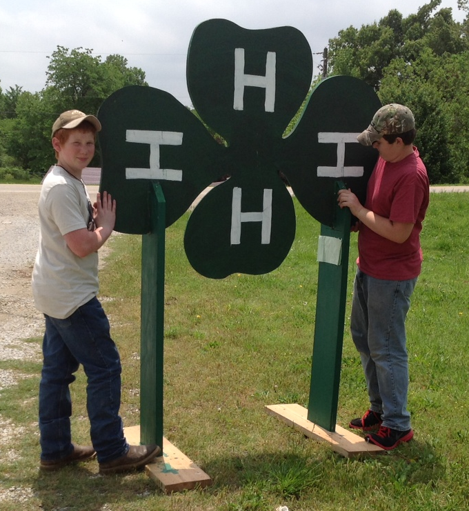 4-H youth with Clover