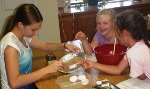 4-H Members learning to cook